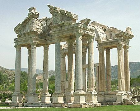 Tetrapylon in Aphrodisias